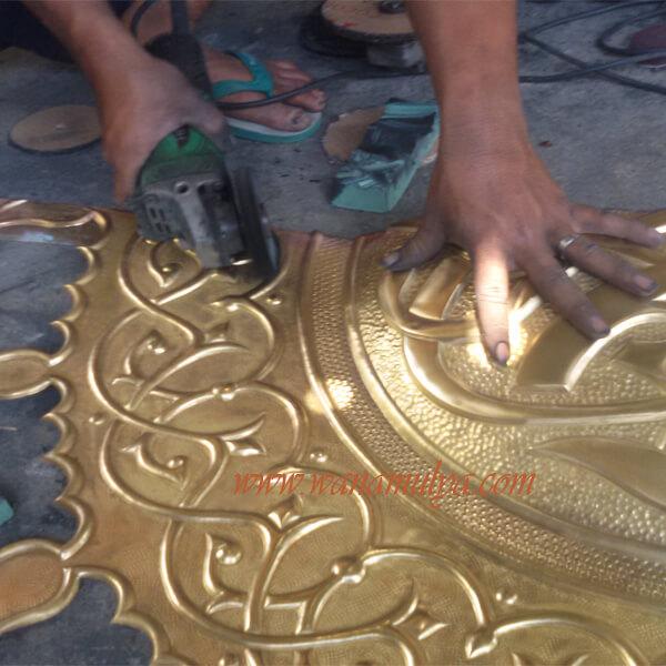 Kijang Mosque Doors brass ornamen on production progress